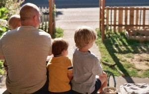 Spend those extra minutes with your loved ones. Make memories! Photo Credit: http://www.cafemama.com/pics/spending_time_with_family.jpg