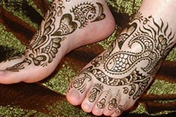 Pakistani-Feet-Mehndi-Designs