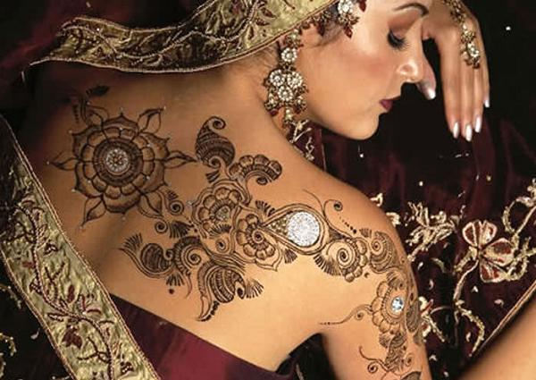 Stylish-mehndi-Designs