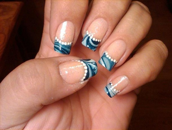 french-tip-nail-art