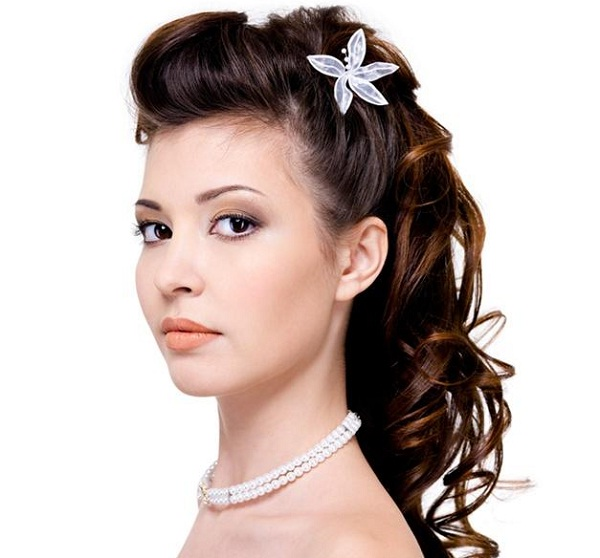 2013 Wedding Hairstyles And Updos: Romantic Bridal Hairstyles