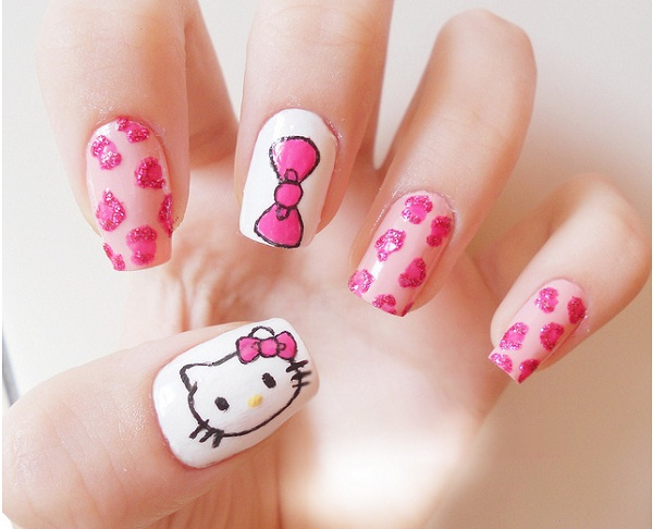 Hello Kitty Nail Design