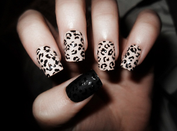 Leopard nail art 365greetings leopard nail art prinsesfo Choice Image