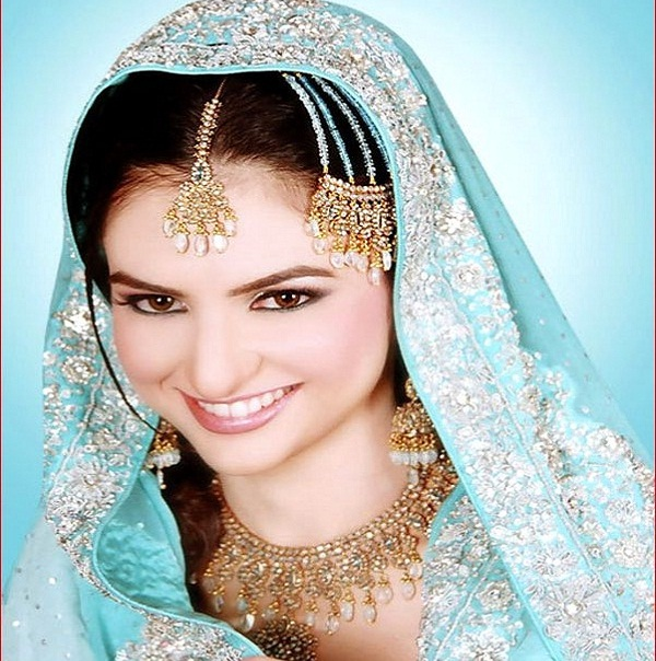 Wedding Hairstyle Pakistani: Romantic Bridal Hairstyles