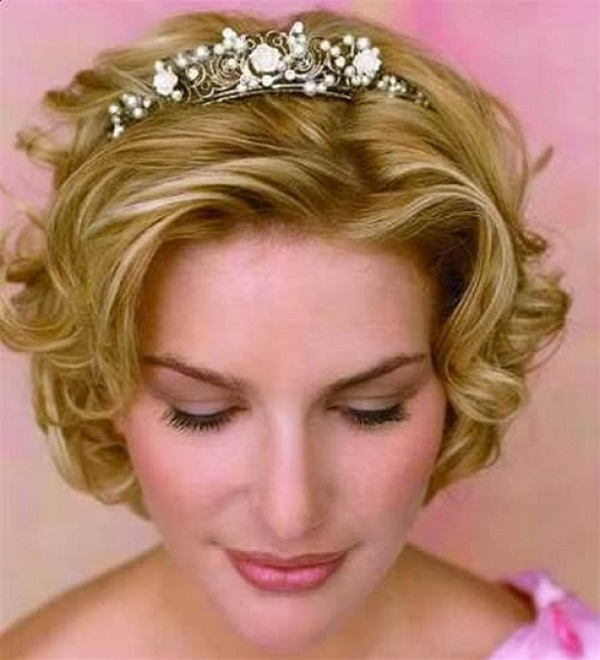 short-bridal-hairstyle