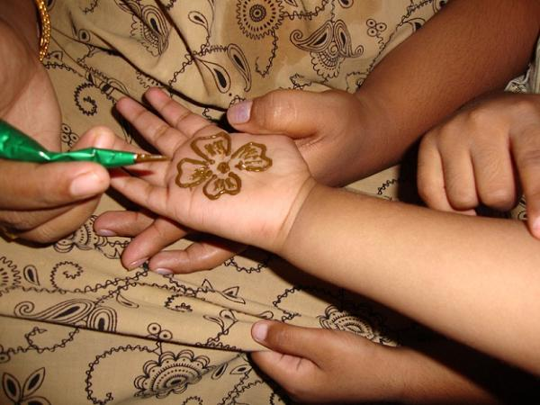 simple-mehndi-design-for-kids