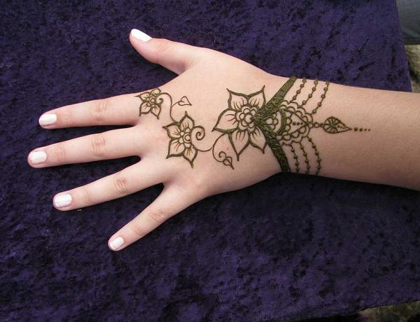 simple-mehndi-designs-for-beginners