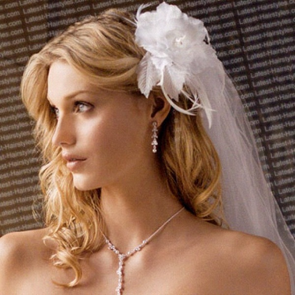 Bridal Flowers In Hair With Veil : Romantic bridal hairstyles greetings